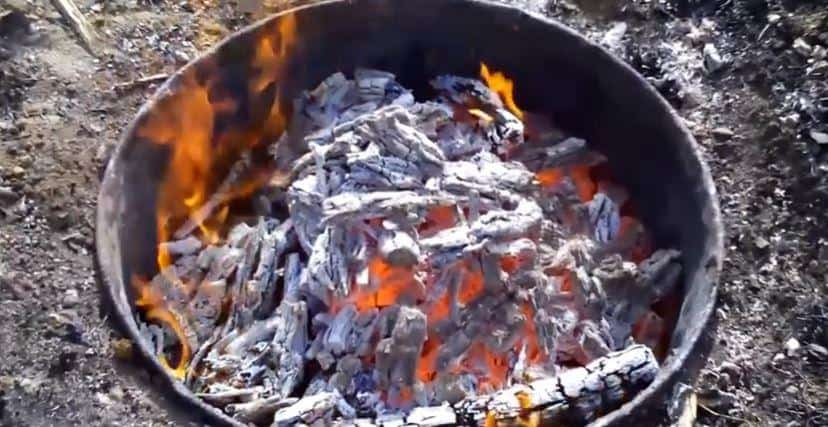 how to season dutch oven