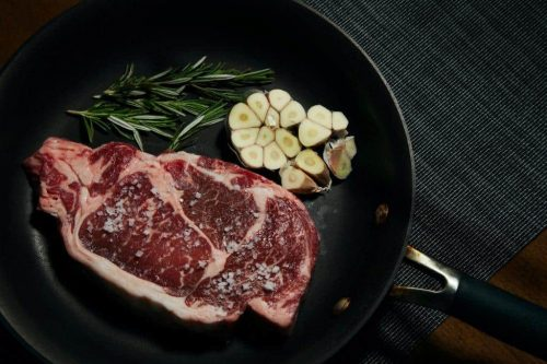 cast iron skillet for steak